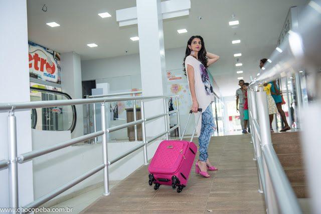Maria Oliveira e suas dicas na hora de escolher a bolsa certa para sua viagem