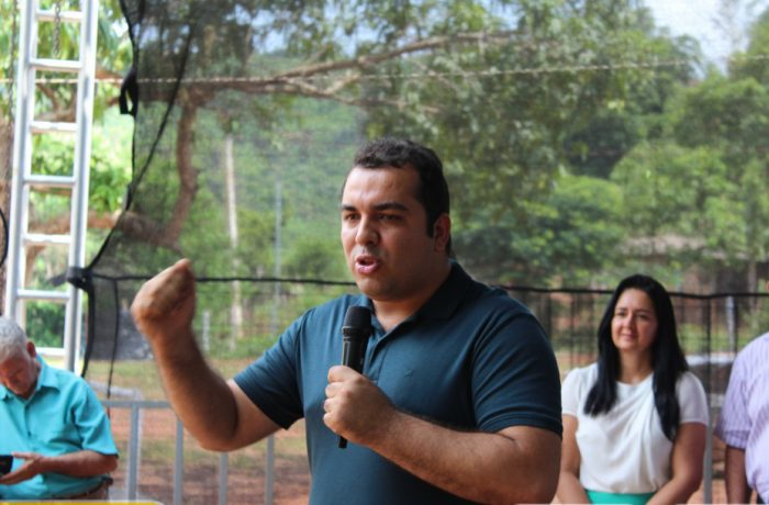 Adonei Aguiar inicia festividades de festa dupla em Serra Pelada