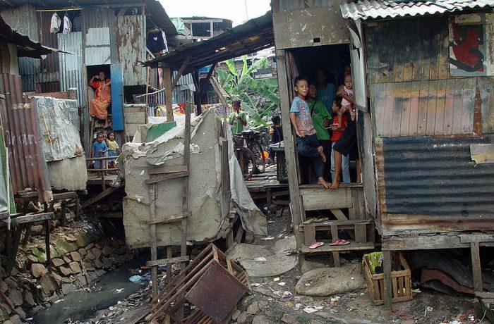 País tem 7 milhões de pobres sem assistência social